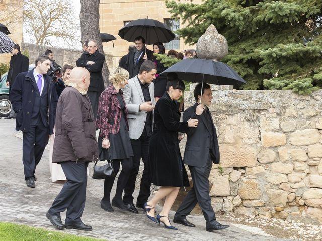 La boda de Oscar y Cristina en Santa Gadea Del Cid, Burgos 49