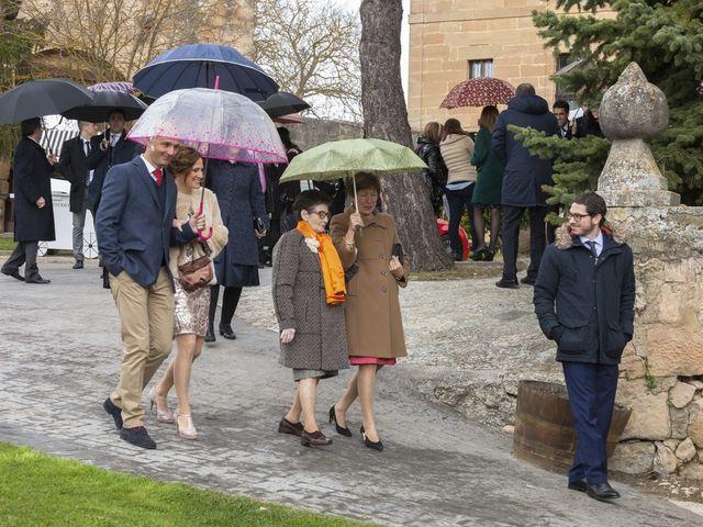 La boda de Oscar y Cristina en Santa Gadea Del Cid, Burgos 53