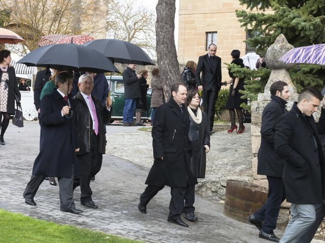 La boda de Oscar y Cristina en Santa Gadea Del Cid, Burgos 54