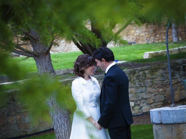 La boda de Oscar y Cristina en Santa Gadea Del Cid, Burgos 87