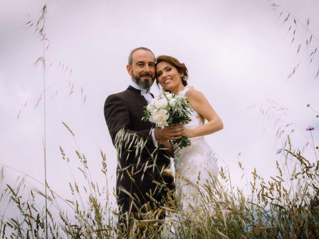 La boda de Raúl y Mabel en Almonaster La Real, Huelva 22