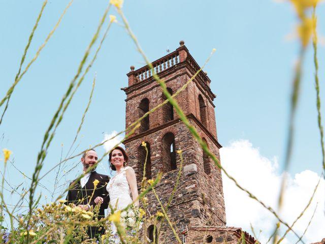 La boda de Raúl y Mabel en Almonaster La Real, Huelva 24