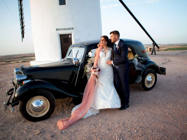 La boda de Lidia  y Miguel  en Villanueva De Alcardete, Toledo 8