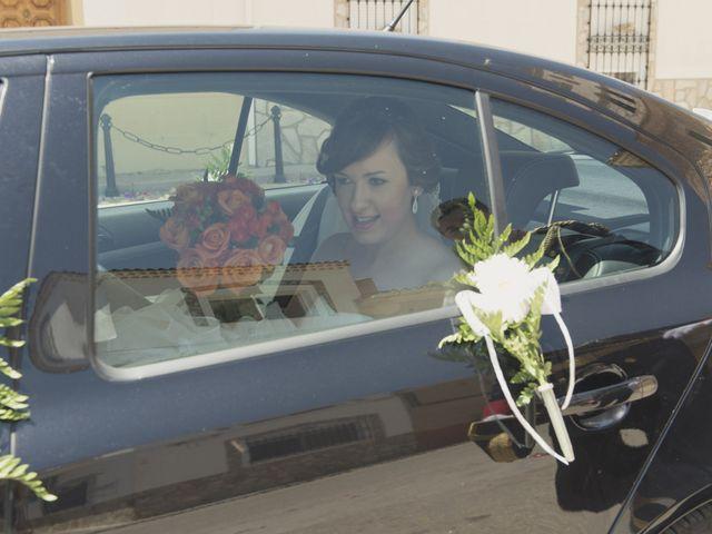 La boda de Ismael y Rocío en Casas De Los Pinos, Cuenca 27