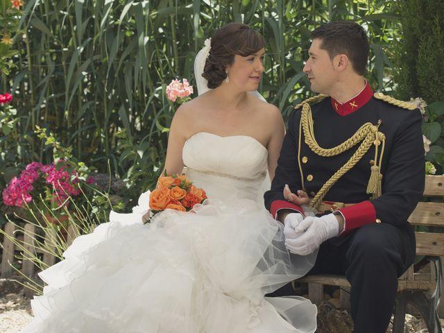 La boda de Ismael y Rocío en Casas De Los Pinos, Cuenca 47