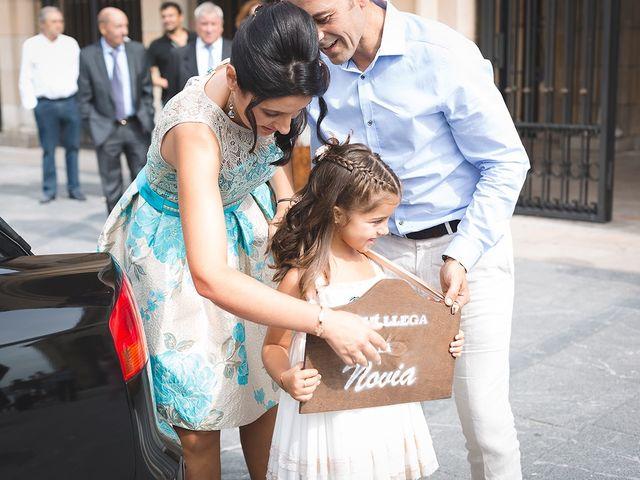 La boda de Adrián y Caty en Gijón, Asturias 7