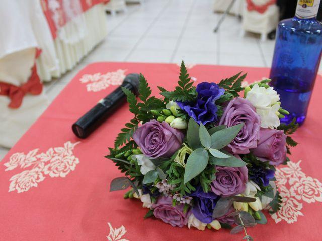 La boda de Toñi y Blas en San Fernando, Cádiz 5