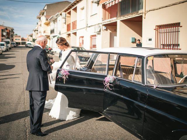 La boda de Alberto y María en Moraleja, Cáceres 34