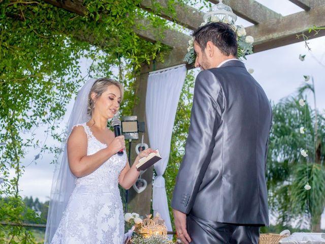 La boda de Ricardo y Andeia en Oviedo, Asturias 32