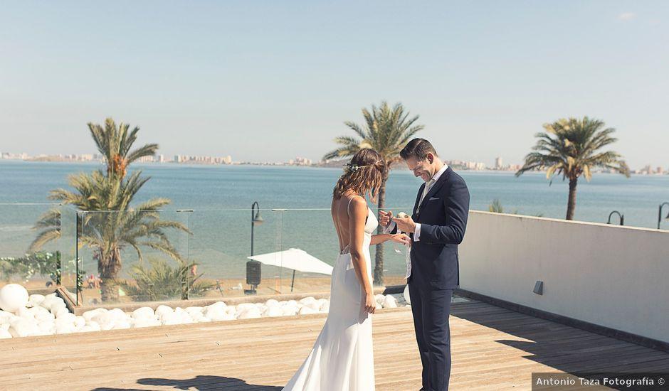 La boda de Jose y Esmeralda en Mar De Cristal, Murcia