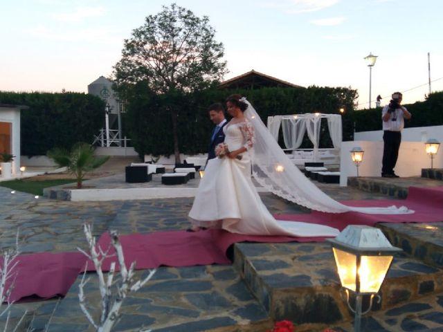 La boda de Luis y Mar en Dos Hermanas, Sevilla 2