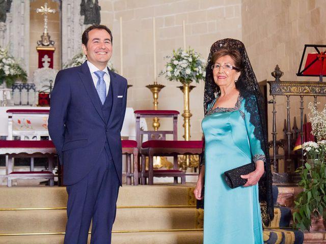 La boda de Carlos y Carmen en Jerez De La Frontera, Cádiz 13