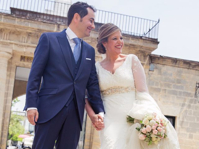 La boda de Carlos y Carmen en Jerez De La Frontera, Cádiz 23