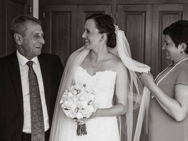 La boda de Oriol y Vira en Viladrau, Girona 25