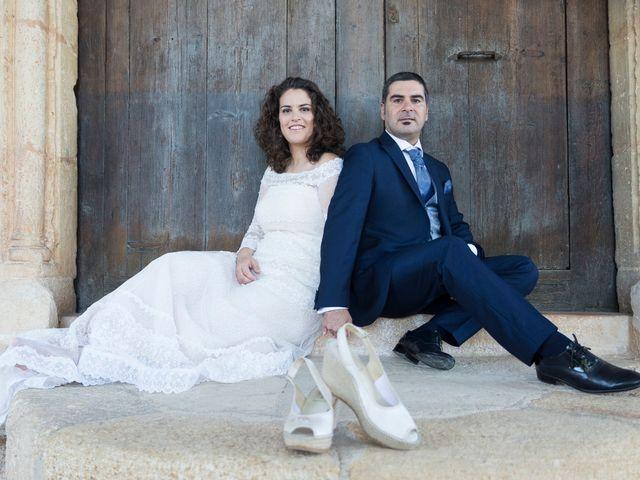 La boda de Ángel y Emérita en L' Olleria, Valencia 13