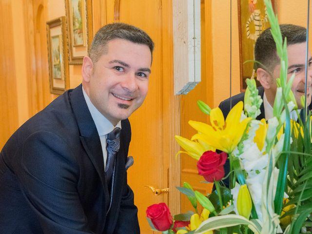 La boda de Ángel y Emérita en L' Olleria, Valencia 24
