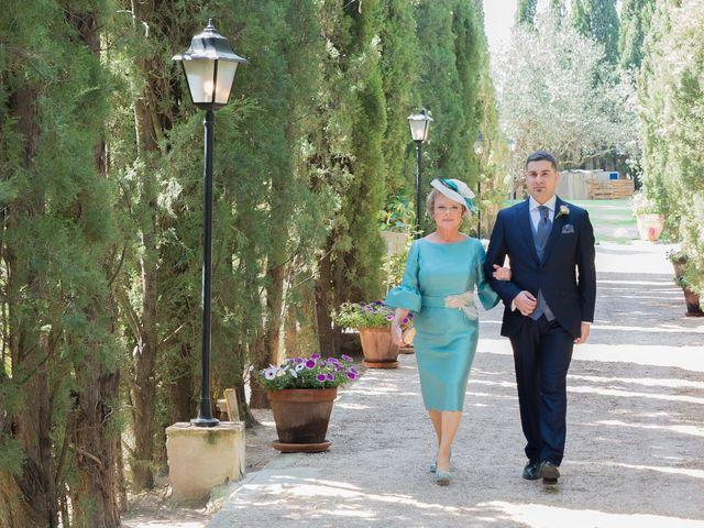 La boda de Ángel y Emérita en L' Olleria, Valencia 32