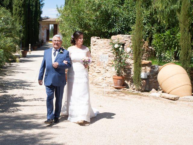 La boda de Ángel y Emérita en L' Olleria, Valencia 33