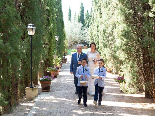 La boda de Ángel y Emérita en L' Olleria, Valencia 34