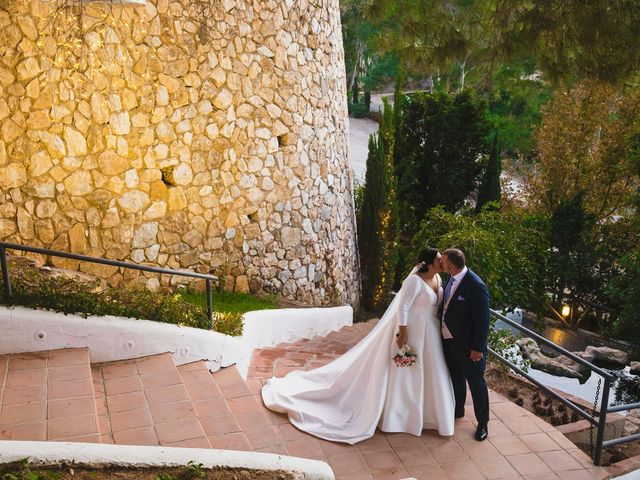 La boda de Cristóbal y Patricia en Cartama, Málaga 45