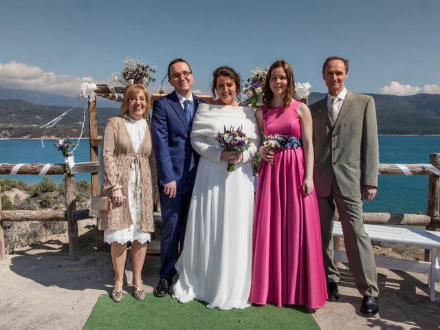 La boda de Adrián y Patricia en Morillo De Tou, Huesca 13