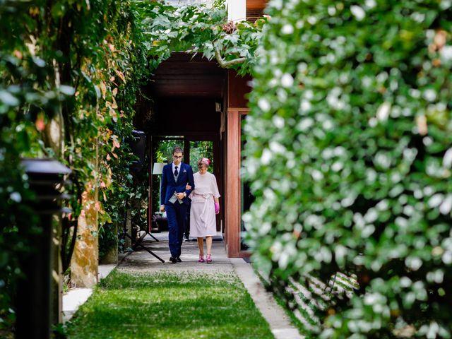 La boda de Mikel y Leire en Zumarraga, Guipúzcoa 29