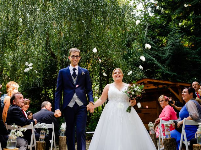 La boda de Mikel y Leire en Zumarraga, Guipúzcoa 39