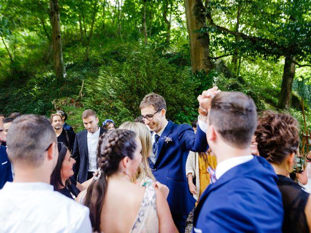 La boda de Mikel y Leire en Zumarraga, Guipúzcoa 41