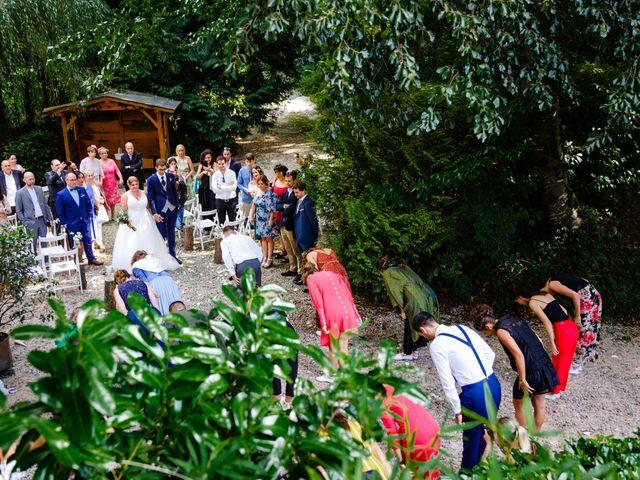 La boda de Mikel y Leire en Zumarraga, Guipúzcoa 49