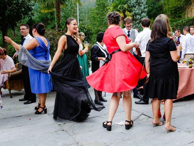 La boda de Mikel y Leire en Zumarraga, Guipúzcoa 57