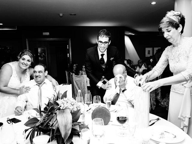 La boda de Mikel y Leire en Zumarraga, Guipúzcoa 76