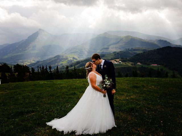La boda de Mikel y Leire en Zumarraga, Guipúzcoa 103