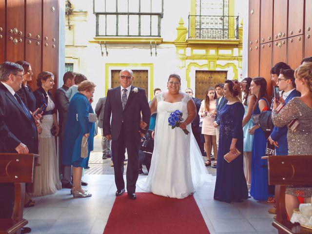 La boda de Juan y Cristina en Sevilla, Sevilla 5