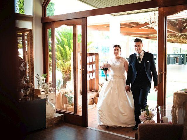La boda de Daniel y Arancha en Outes, A Coruña 41