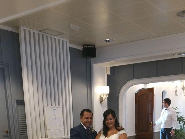 La boda de Marcos y María en Ferrol, A Coruña 9
