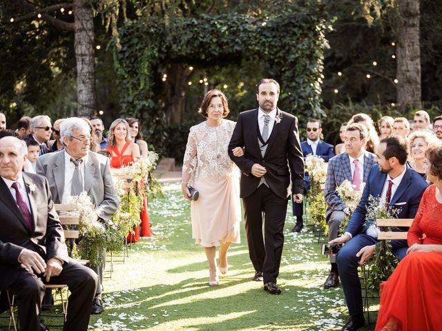 La boda de Xavi y Mireia en Bigues, Barcelona 35