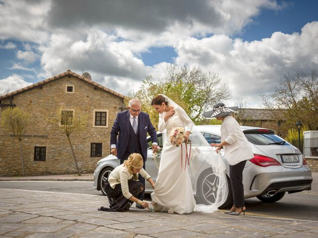 La boda de Rubén y Edurne en Armentia, Álava 21