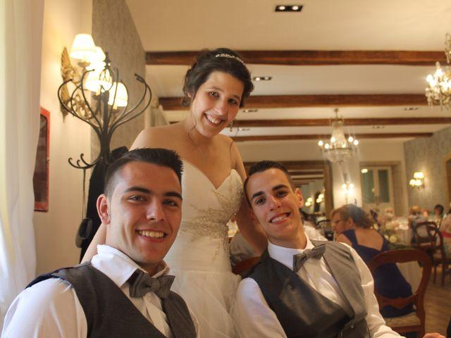 La boda de Manuel y Yessenia en A Lavacolla, A Coruña 12