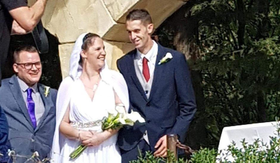 La boda de Joseba y Sara en Huarte-pamplona, Navarra