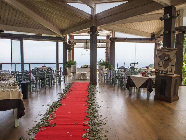 La boda de Jonatan y Itxaso en Bakio, Vizcaya 24