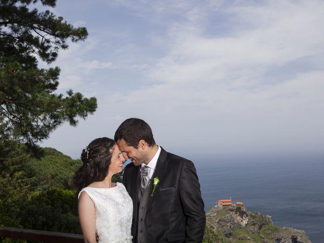 La boda de Jonatan y Itxaso en Bakio, Vizcaya 36