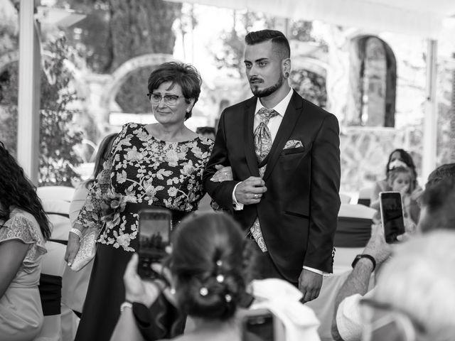 La boda de David y Nasera en Sabadell, Barcelona 15