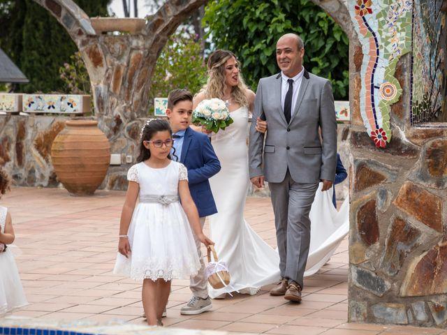 La boda de David y Nasera en Sabadell, Barcelona 16