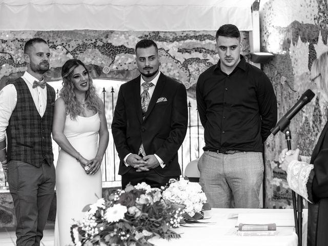 La boda de David y Nasera en Sabadell, Barcelona 20