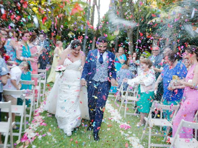 La boda de Elena y Juan Carlos en Dos Hermanas, Sevilla 15