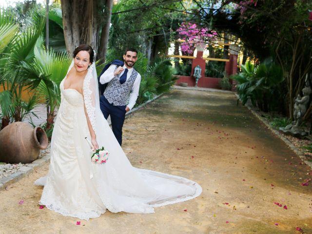 La boda de Elena y Juan Carlos en Dos Hermanas, Sevilla 16