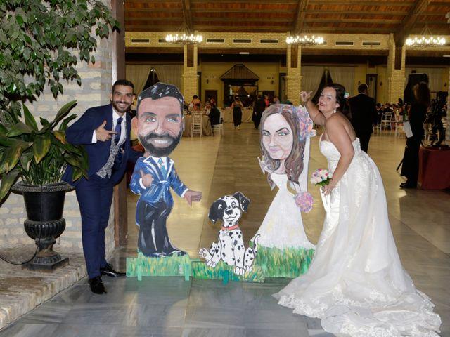 La boda de Elena y Juan Carlos en Dos Hermanas, Sevilla 19