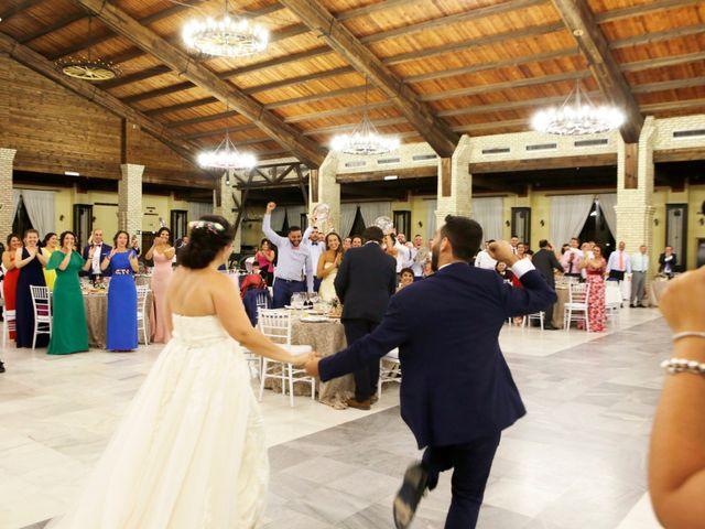 La boda de Elena y Juan Carlos en Dos Hermanas, Sevilla 20
