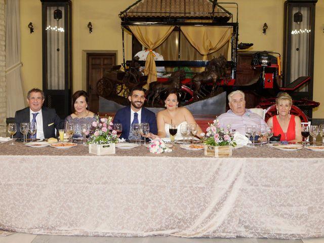 La boda de Elena y Juan Carlos en Dos Hermanas, Sevilla 21