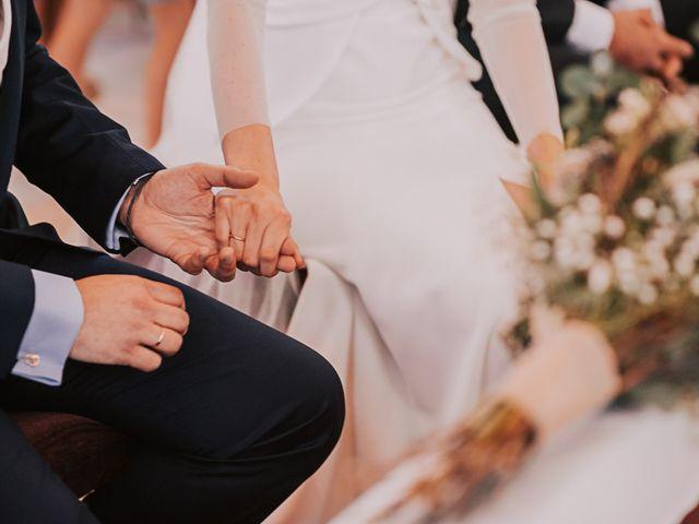 La boda de Maro y Hugo en Sevilla, Sevilla 43